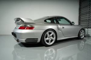 Cars For Sale - 2002 Porsche 911 GT2 2dr Turbo Coupe - Image 10