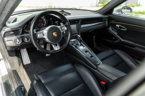Cars For Sale - 2015 Porsche 911 Turbo S AWD 2dr Coupe - Image 11