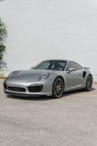 Cars For Sale - 2015 Porsche 911 Turbo S AWD 2dr Coupe - Image 34