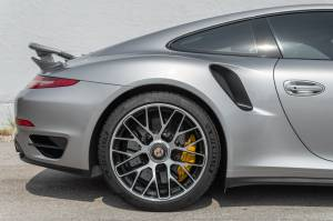 Cars For Sale - 2015 Porsche 911 Turbo S AWD 2dr Coupe - Image 51